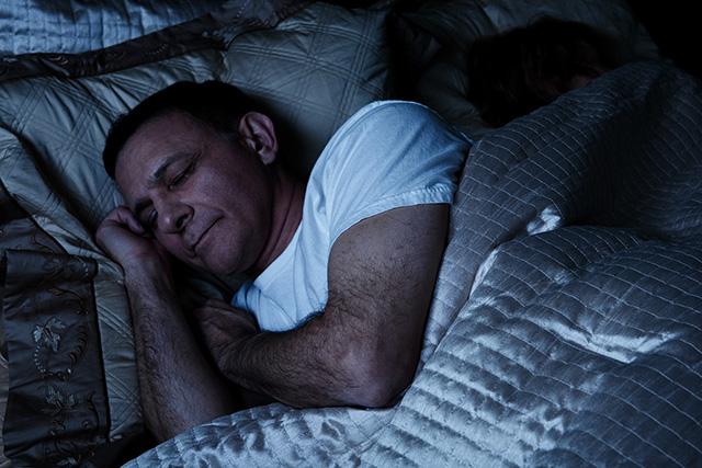 Как научиться раньше вставать по утрам